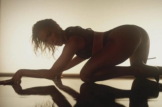 Откровенно: Дженнифер Лопес показала все лучшее в новом клипе (фото+видео) - Шоу бизнес