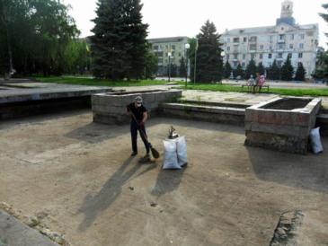 Эксперимент: как гражданин Краматорск убирал - Новости Краматорска