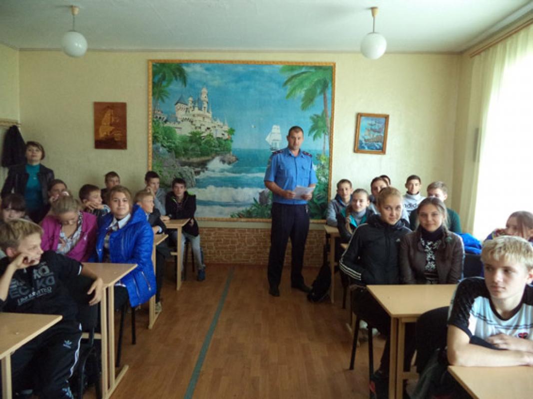 Милиционеры проводят профилактические беседы не только со школьниками, но и родителями - Новости Краматорска